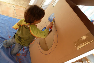 Cardboard box spaceship craft