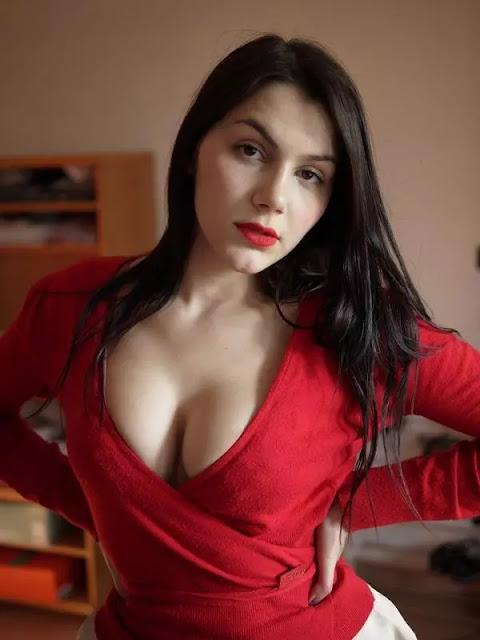 valentina nappi doğal göğüs