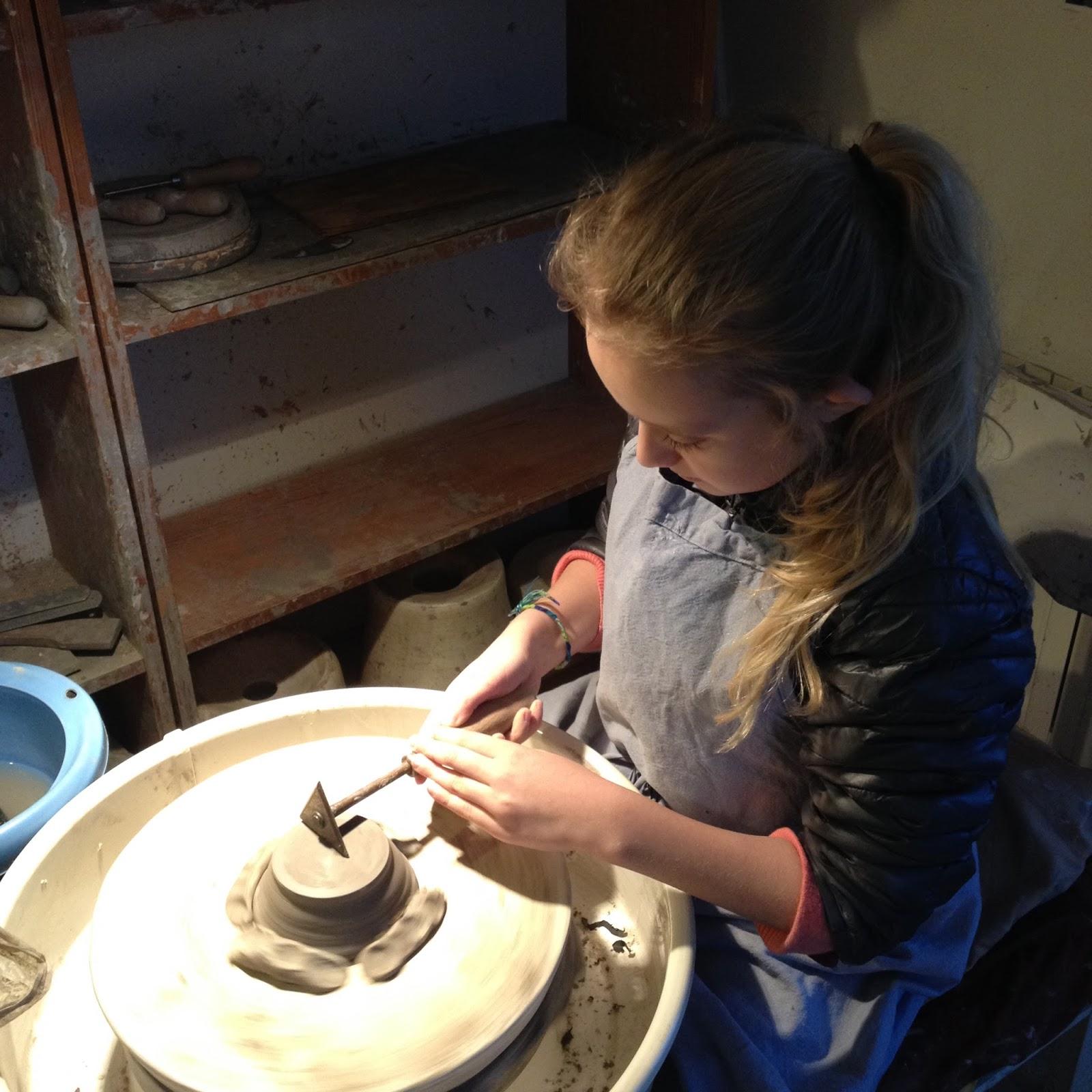 faire de la poterie partager des moments de poterie avec ses proches. Black Bedroom Furniture Sets. Home Design Ideas