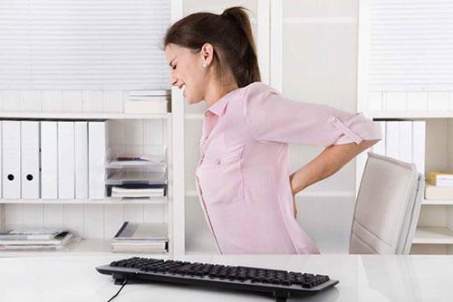 Anh Linh chia sẻ về đau lưng của người làm việc văn phòng