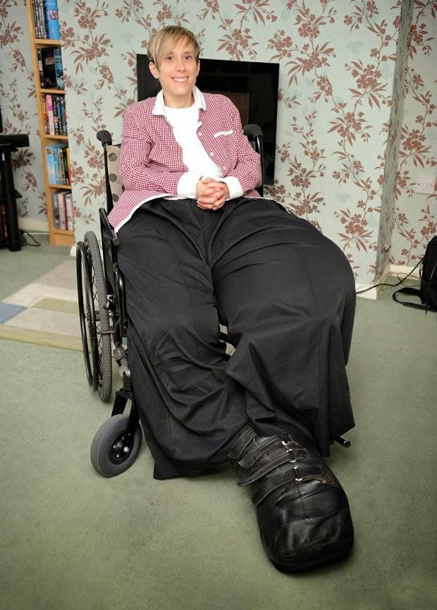 Woman Giant Legs 43