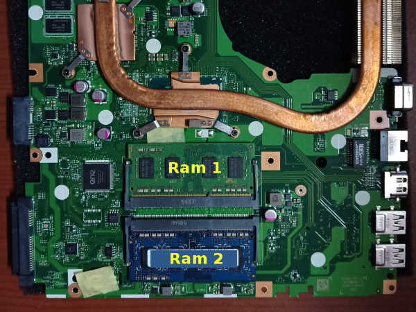 Memasang ram pada slot acer 14 slim untuk menambah ram laptop