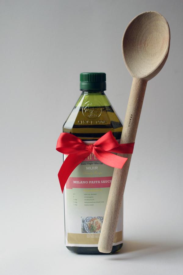 Pompeian Custom Label Maker, Easy Holiday Gift