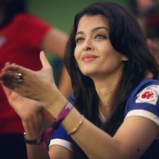 Aishwarya Rai Clapping In T 20