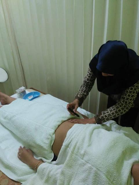 Proses Terapi Akupuntur untuk tuba falopi non paten di Klinik Holistik Elif Medika