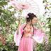 Sau khi trải qua mấy chục năm náo động, Văn đế kế vị ở nước Trần, Nam Bắc hai vùng xuất hiện phồn hoa yên bình hiếm thấy.   Nữ chính có du...