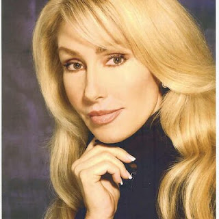 Linda Thompson age, and elvis presley, young,  bruce jenner, david foster, singer, book, and david foster, instagram, wiki, biography