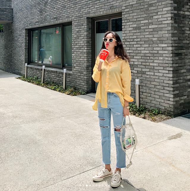 20 gợi ý kết hợp đồ với gam màu vàng 'chanh xả' mà bạn có thể chọn cho dịp cuối tuần -19