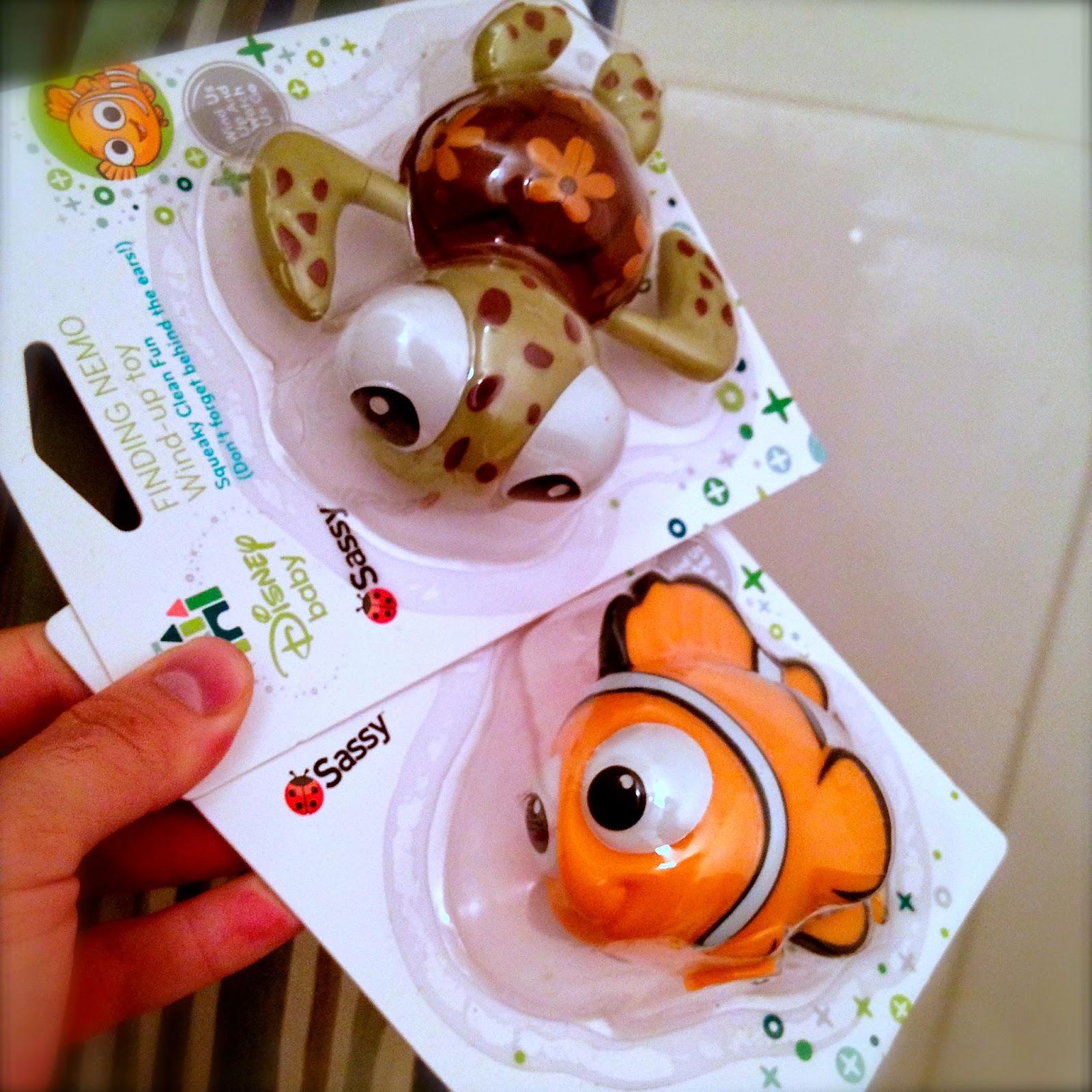 Nemo Bathroom Set: Dan The Pixar Fan: Finding Nemo: Squirt And Nemo Wind-Up