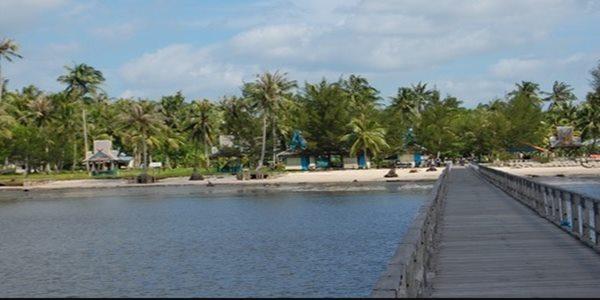 Pantai Kubu Pangkalan Bun Kalteng