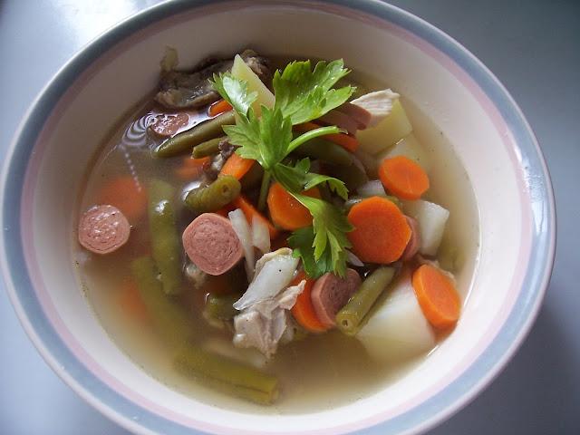 Sajian istimewa Sup Ayam yang kaya akan GIZI untuk Santap Sahur