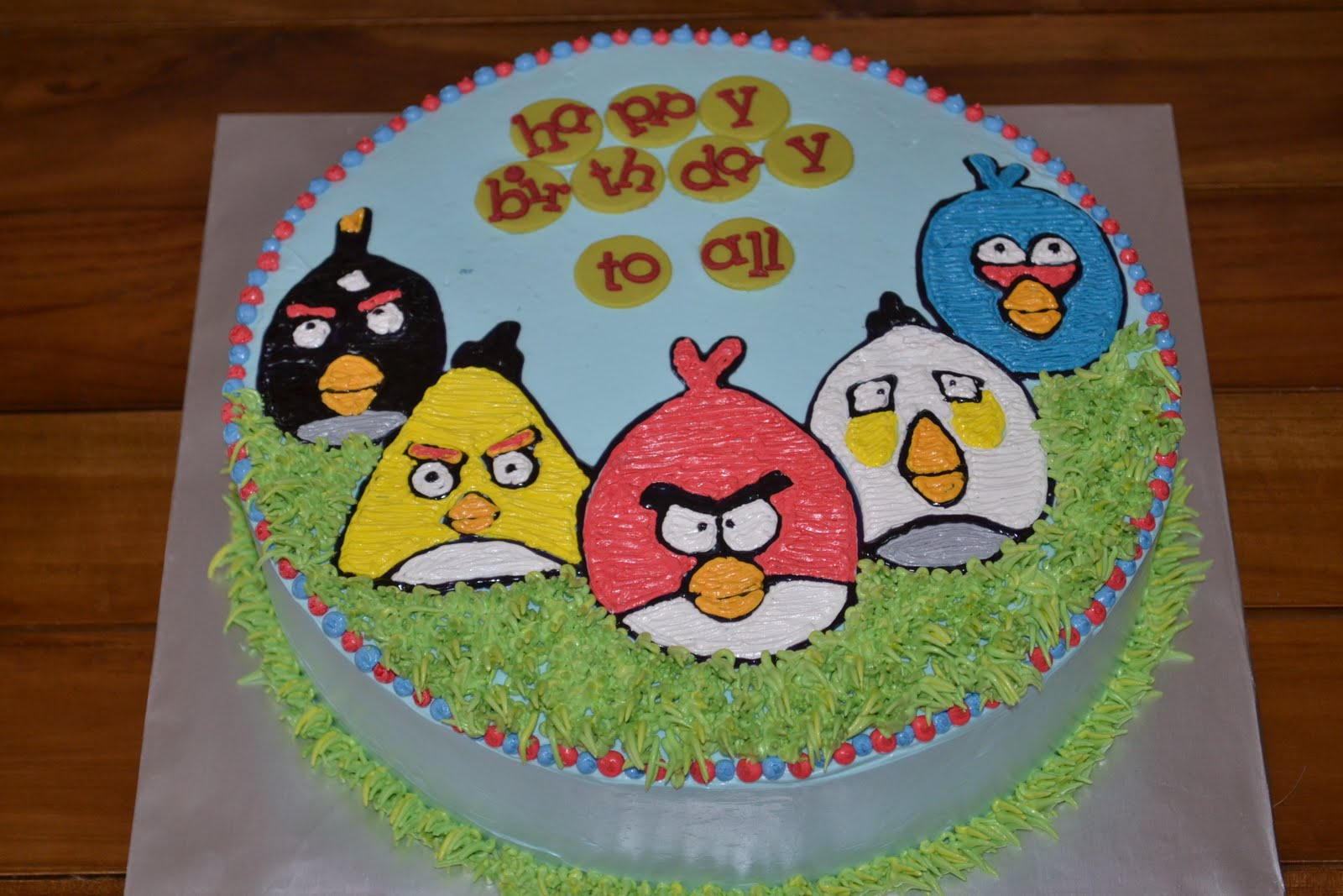 Mypu3 Cake House Angry Birds Cake