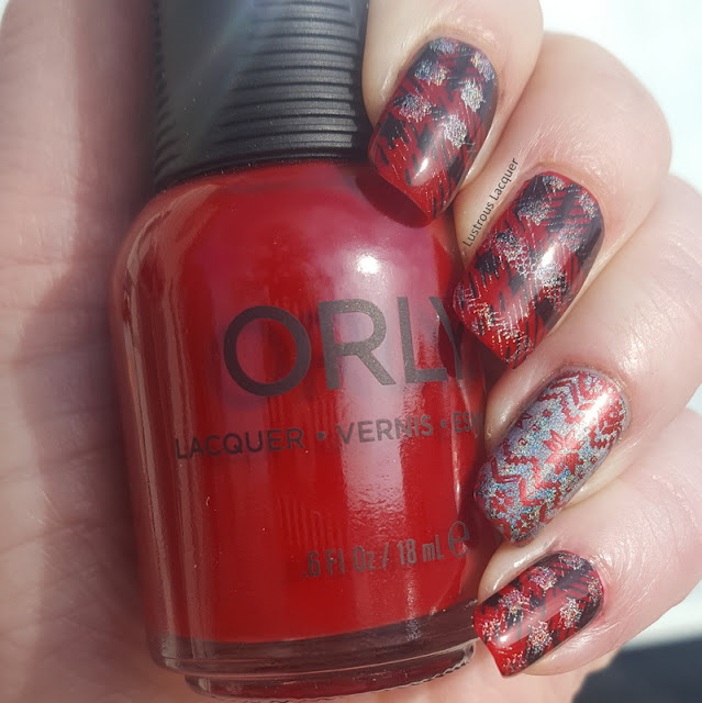 Stamped-holographic-Christmas-manicure