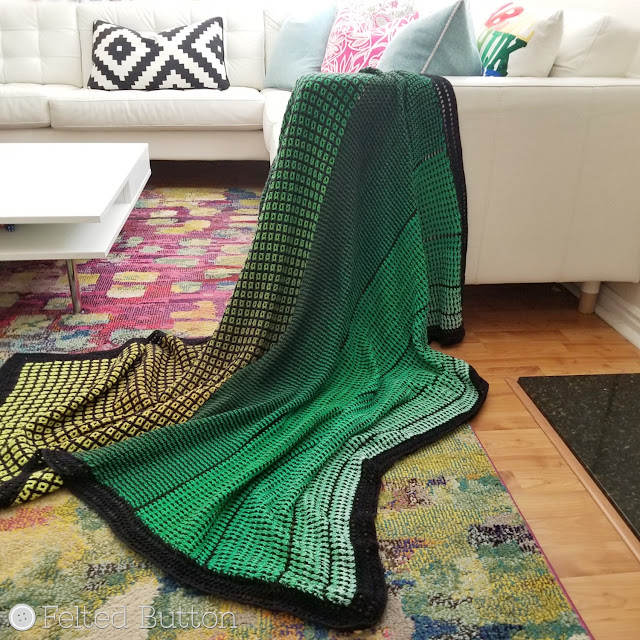Window to the Whirl Blanket (free crochet pattern) by Susan Carlson of Felted Button