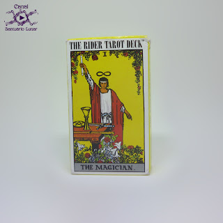 The Rider Tarot (US Games System) - Box (Front)