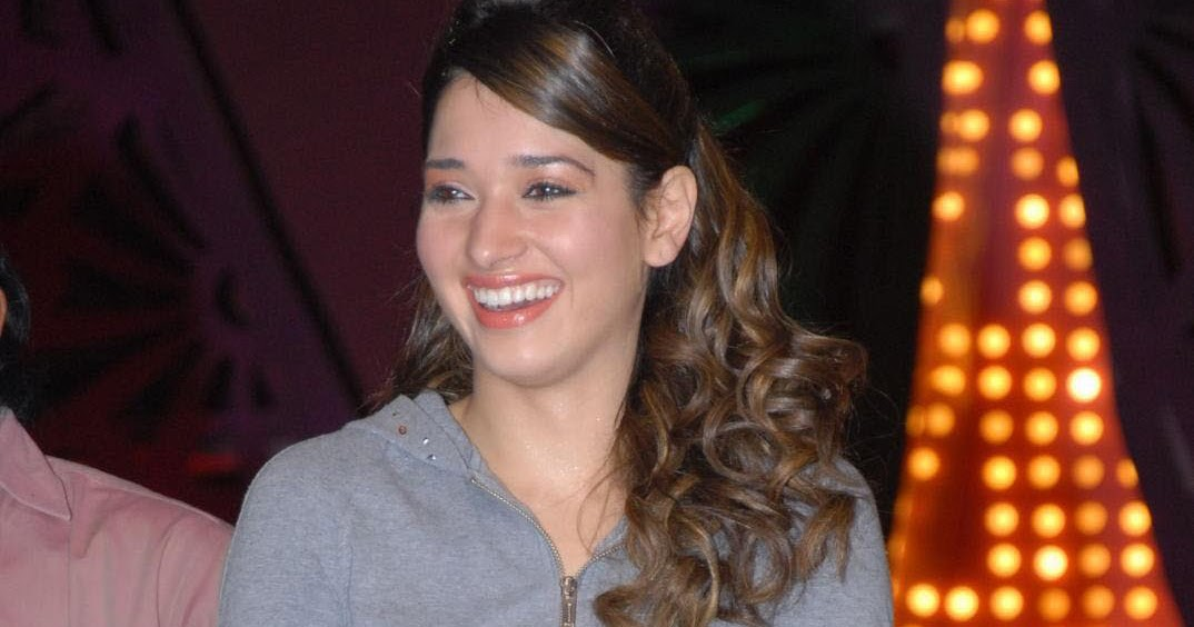 Dead Scared: ` Cute Tamanna Bhatia At The Rachcha Press Meet