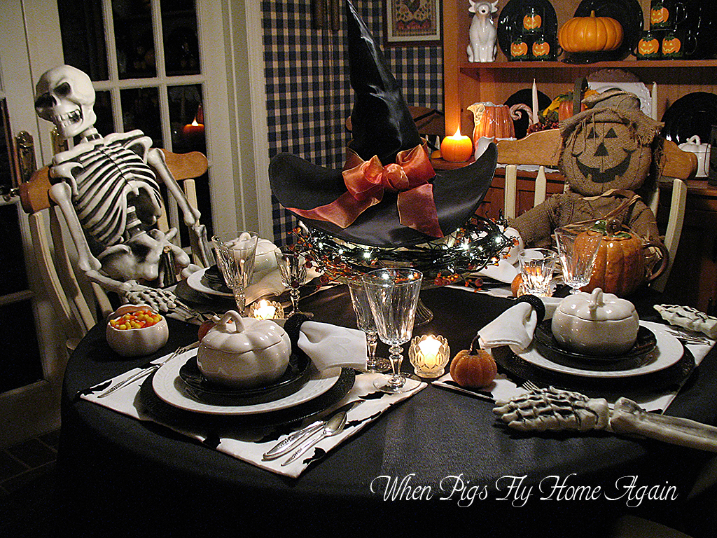 when pigs fly home again halloween tablescape past. Black Bedroom Furniture Sets. Home Design Ideas