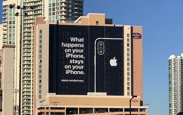 CES-applel-asvegas-billboard