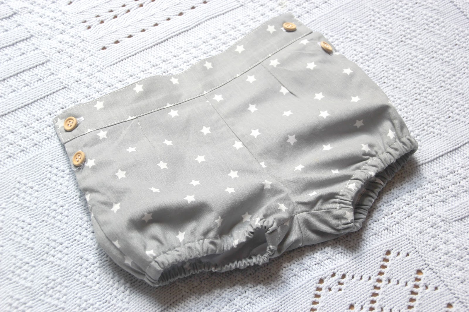 DIY Costura y patrones: pantalones de bebé - Handbox Craft Lovers ...