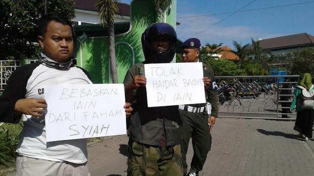 Warga: Tolak Haidar Bagir di IAIN. Bebaskan IAIN dari Faham Syiah