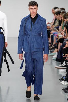 Verão 2016 Internacional aposta na calça ampla como principal peça de estilo da próxima estação