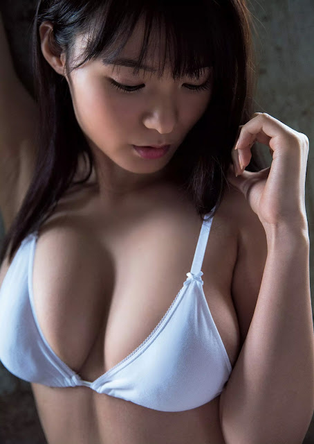 Hoshina Mizuki 星名美津紀 Weekly Playboy 2016 May Images 03