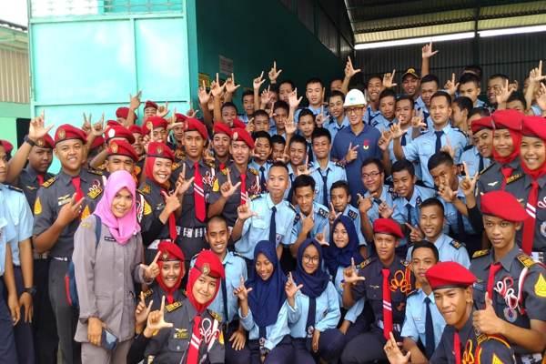 LSI: Prabowo-Sandi Menang di Kantong Pemilih Terpelajar