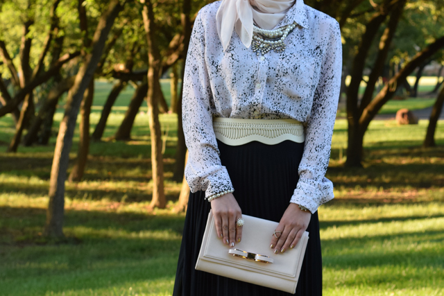 A Day In The Lalz; Banana Republic Abstract Print Boyfriend Shirt' Pink and Black; Fall Style; One Shirt Two looks; Day to Night; Black Maxi Skirt; Hijab; Modest Fashion; Fashion Blog; Versatile Blouse; Ted Baker Pink Clutch; Pleated Maxi Skirt; Bauble Bar Necklace; Haute Hijab