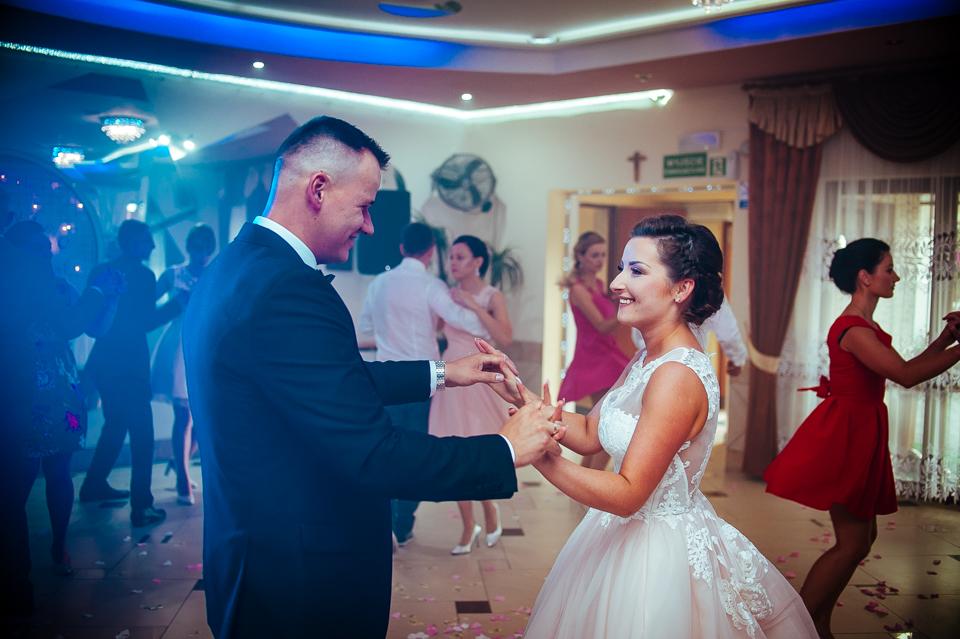 Pierwszy taniec, wesele.