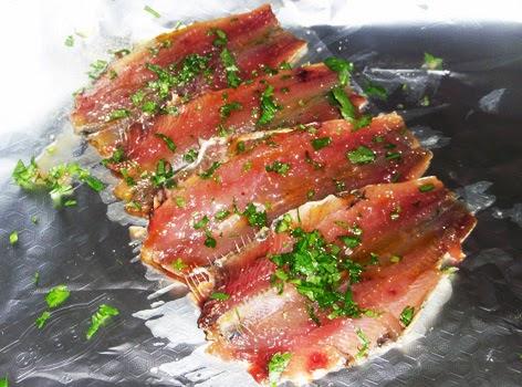 Preparación de sardinas en papillote