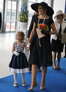 Canadian Tess with Netherland's Queen. Photograph by Janie Robinson, Travel Writer