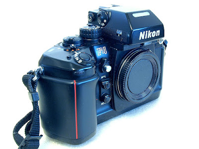 Nikon F4 with MB-20 grip (4xAA cells) #299 01