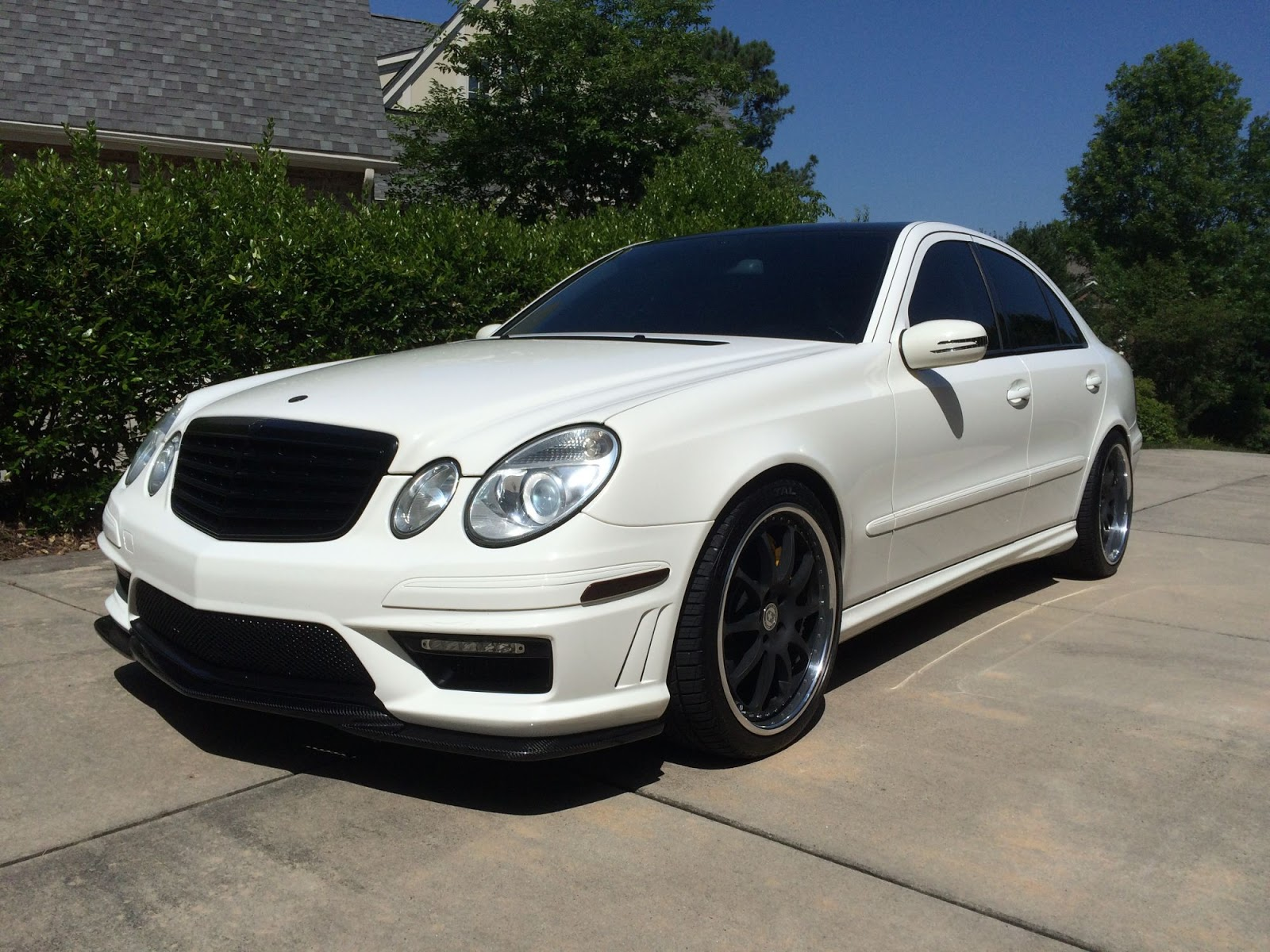 2004 mercedes benz w211 e55 amg on hre performance wheels benztuning. Black Bedroom Furniture Sets. Home Design Ideas