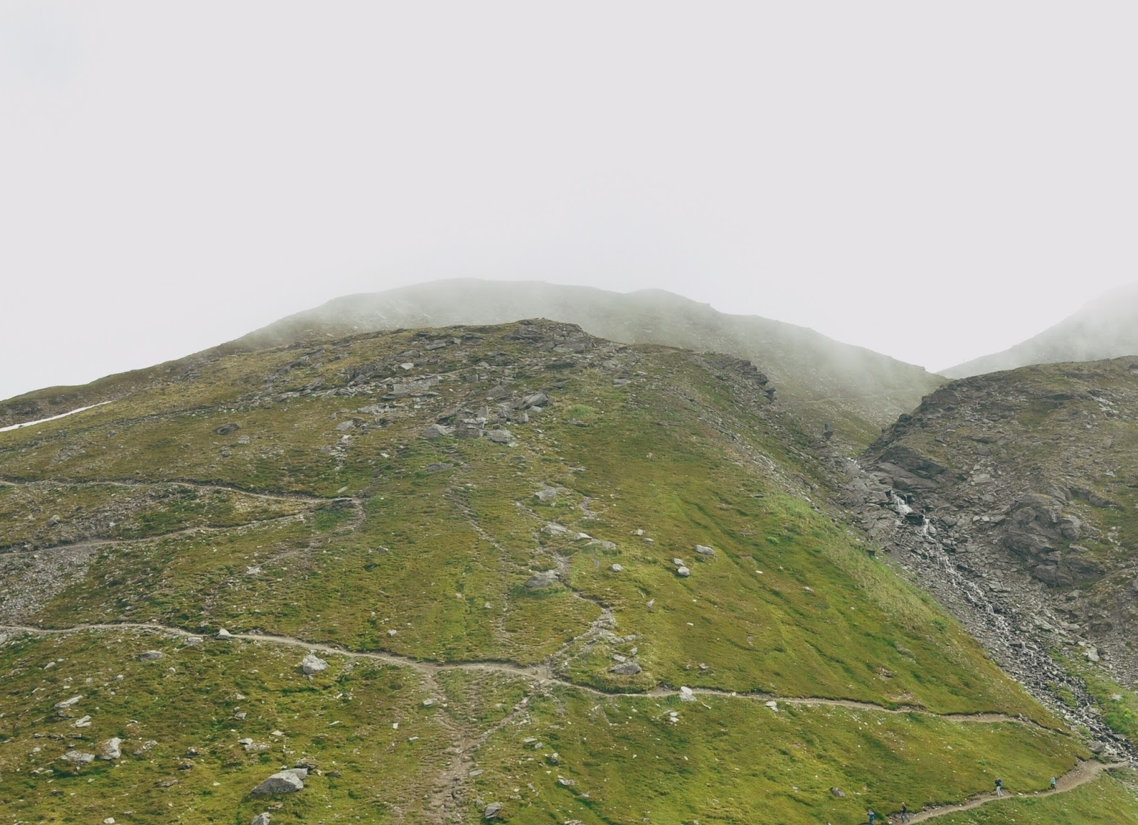 hatcher pass hiking family friendly trails