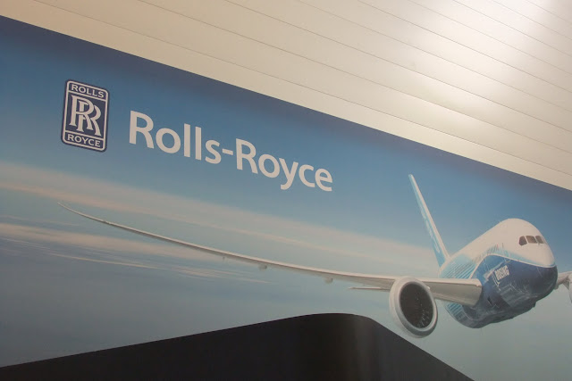 rolls-royce-sign