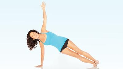 Vóc dáng của bạn săn chắc và hấp dẫn hơn với 5 tư thế Yoga này
