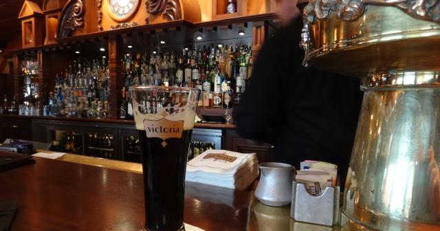 Waterside Lakeside Restaurant Bar Reafing