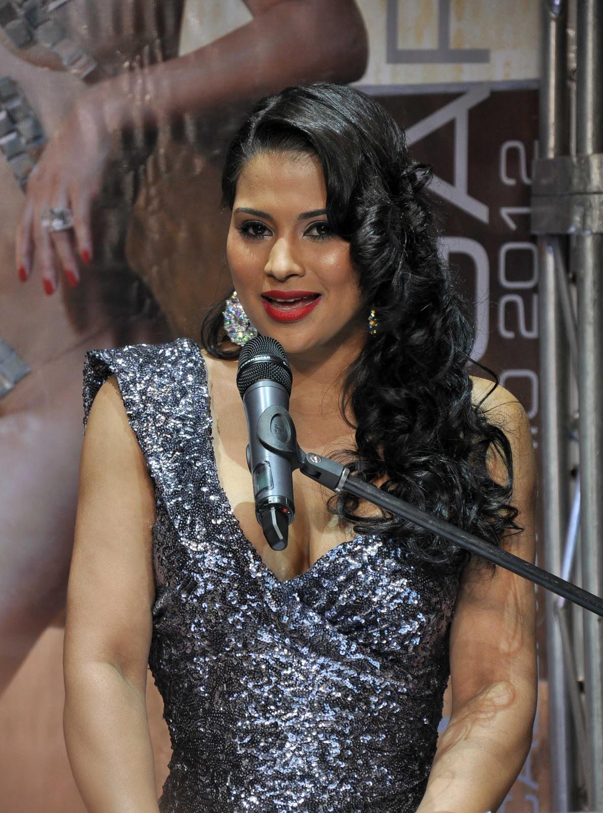 Evelina Garcia Closeups ,Premios Casandra 2006 ,Florida ...  |Evelina Garcia