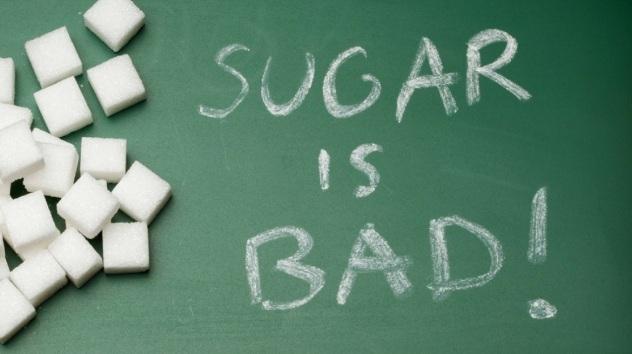 Selain diabetes, Ini Efek Mengerikan Lain Akibat Makan Gula Terlalu Banyak!