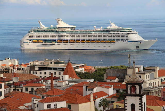 the cruise ship Explorer of the Seas, one day in Funchal