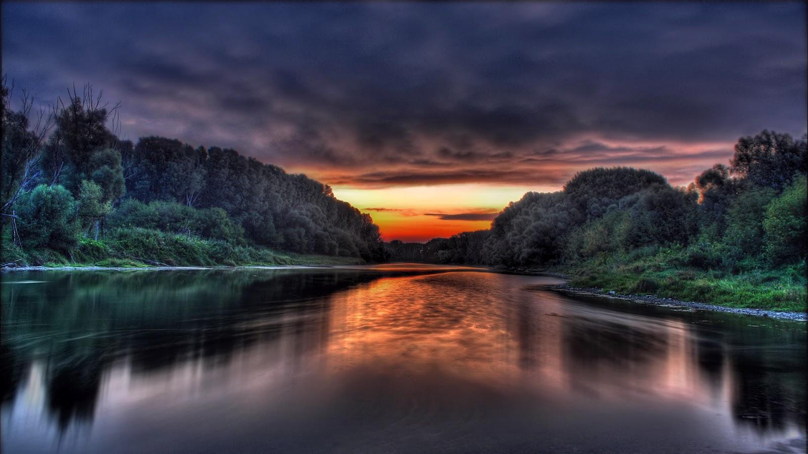 Top Free 1080x1080 Backgrounds: En Gözde Masa Üstü Fotoğrafları: Göl Manzaraları