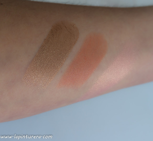 swatches essence y clarins