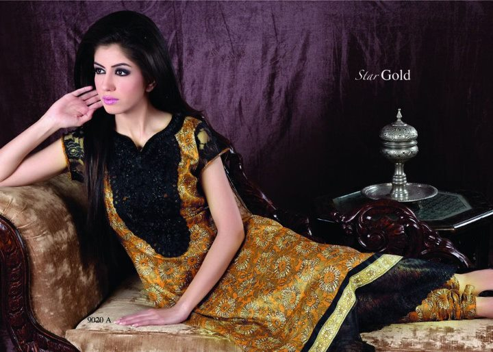 bc49e01c0b94 Star Gold Lawn Summer 2012 By Naveed Nawaz Textiles - Clothing for ...