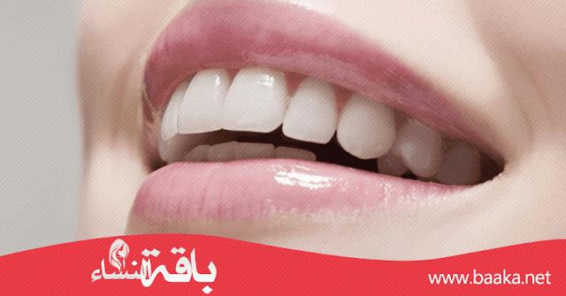 كيفية تثبيت الاسنان المخلخلة بالاعشاب ؟