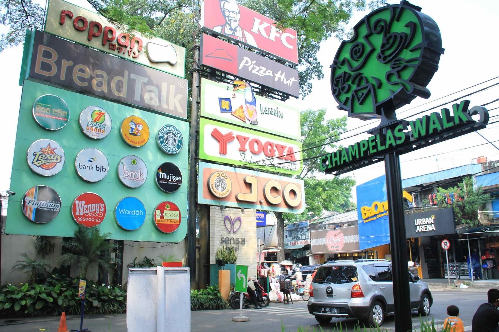 Wisata Jawa Barat - Cihampelas Walk Bandung - Ciwalk ...