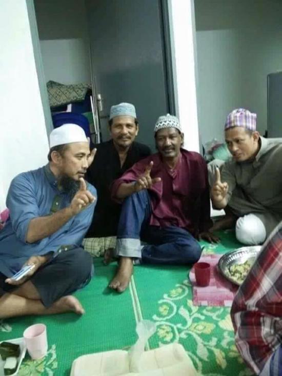 Accapan peluk agama Islam