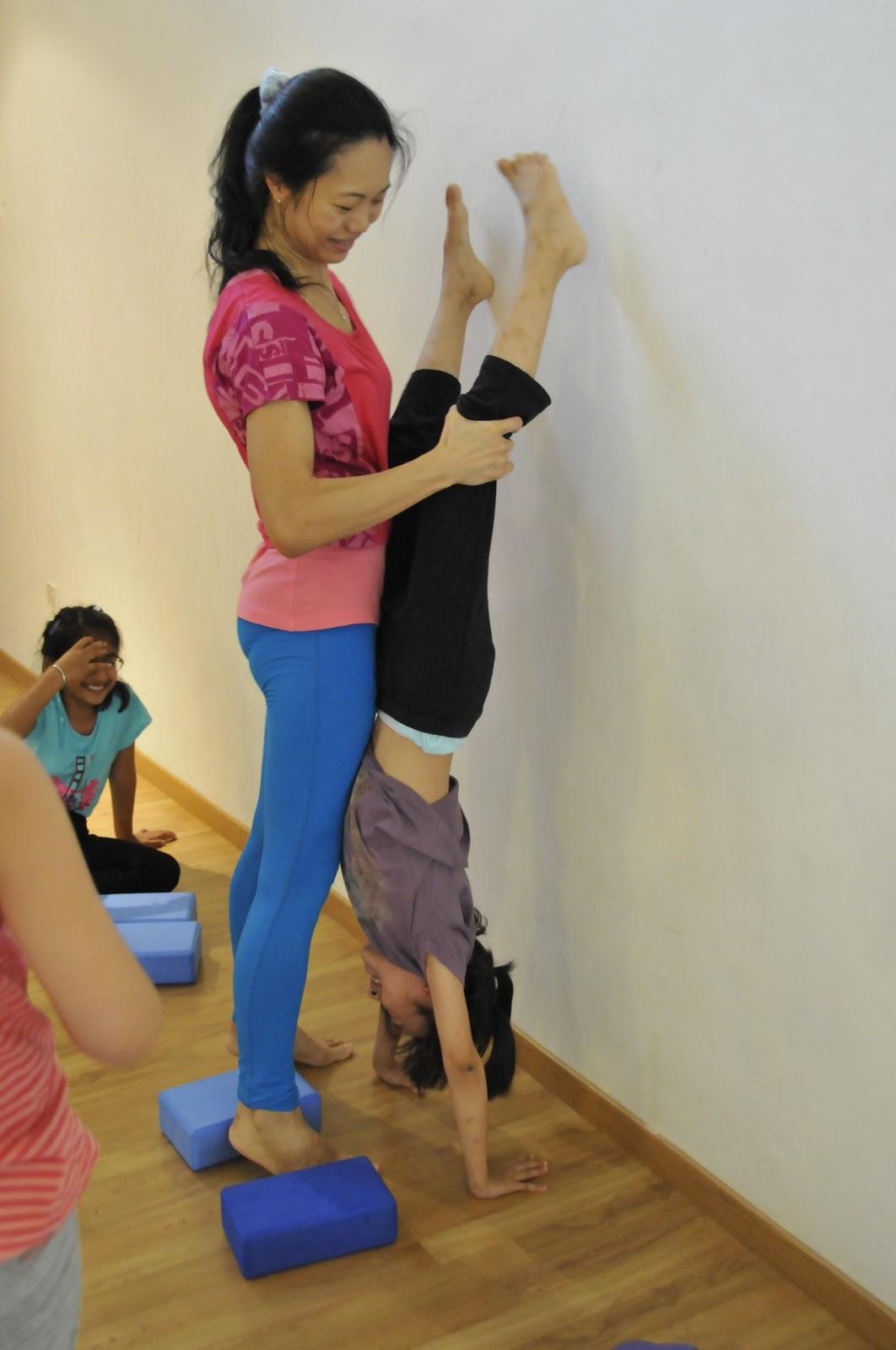 Kids Yoga |Walking On Sunshine @ Surya Yoga