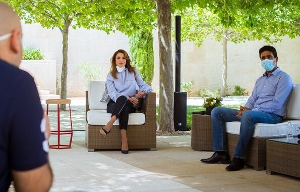 Queen Rania wears Silvia Tcherassi Sovicille pussy bow blouse from Silvia Tcherassi Fall 2018 collection