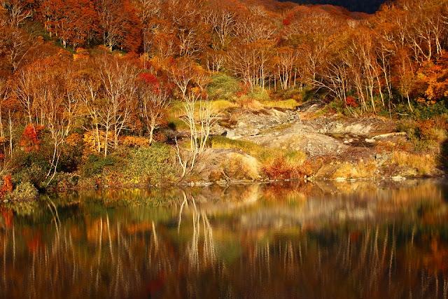 Jigokunuma, Japan in fall