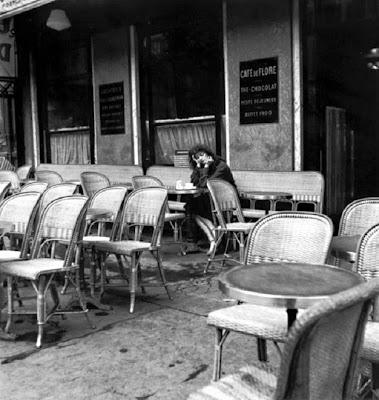 Caf Ef Bf Bd Curieux Paris